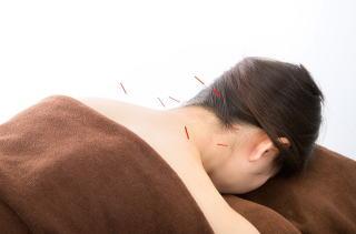 名張交通事故整骨院腰痛肩こり美容鍼灸